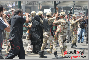 brotherhood women and children release by the egyptian military out of Alfath Mosque 17 august 2013