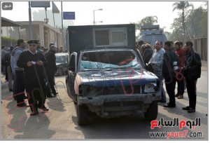 police vehicle destroyed by Muslim Brotherhood students of Ain Shams University