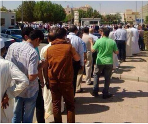 Egyptians voting on presidential elections in Kuwait